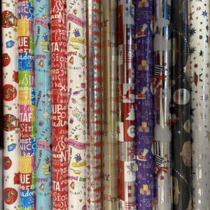 Cadeaupapier Sinterklaas & Kerstmis 12 St. Consumentenrollen