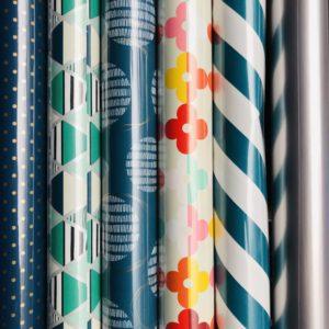 6 rolletjes Cadeaupapier Blauw Multi